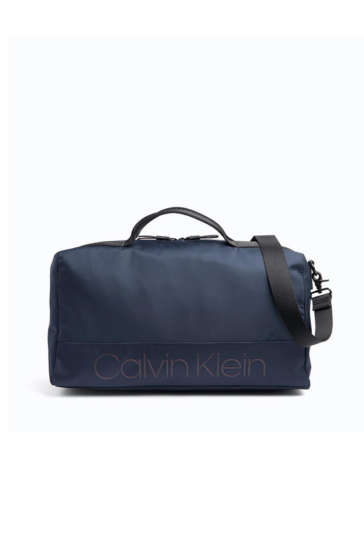 Calvin Klein Spor Çantası (ZM0ZM01211-BAI)